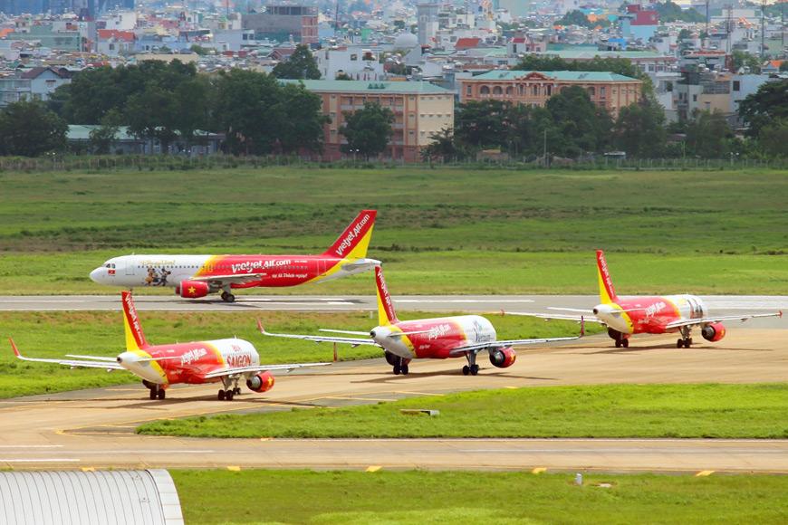 Vietjet's-new-&-modern-fleet-at-Tan-Son-Nhat-International-Airport