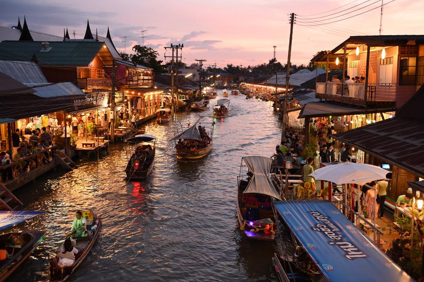 Amphawa-Floating-Market